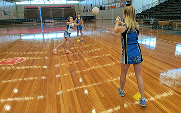 Netball Drill: Intersecting Catches and Intercepts