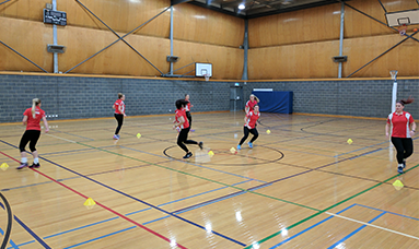 Netball Coaching Resources: Double-diamond Footwork Warm-up