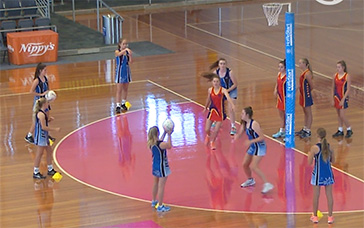Free Netball Coaching Drills: In & Out the Circle